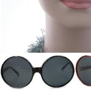 Kiss Accessories - SUPER OVERSIZE SUNGLASSES BLACK NEW